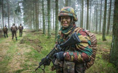 Waaruit bestaan de toelatingsproeven bij Defensie?